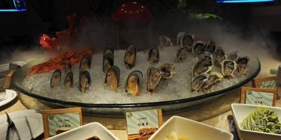 广州长隆酒店白虎餐厅自助餐