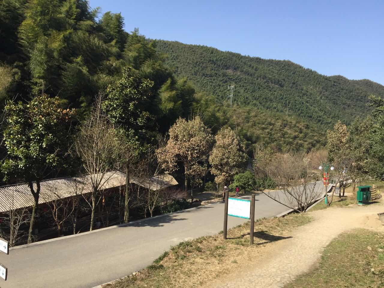 赏江南天池景区,体验江南天池滑雪1小时,住安吉开元曼居酒店,赠图片