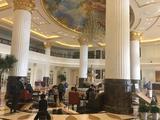 【驴悦亲子游】住1晚北京新华联丽景温泉酒店豪华大床/双床(2选1)+2大1小自助早餐+2大1小温泉戏水乐园票+随手礼1份+免费淘气堡+20个游戏币+免费健身房。