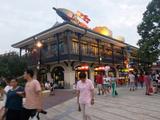 【上海迪士尼乐园 · 3天2晚】第1晚入住上海玩具总动员酒店(近迪士尼乐园),第2晚住上海客莱福诺富特酒店,游上海迪士尼乐园,自行加选上海野生动物园!