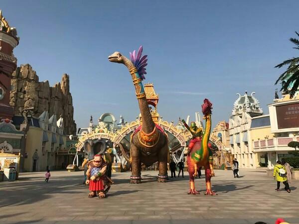 常州恐龙园 万圣季夜场成人票 常州恐龙园去的是夜场,万圣节的夜场