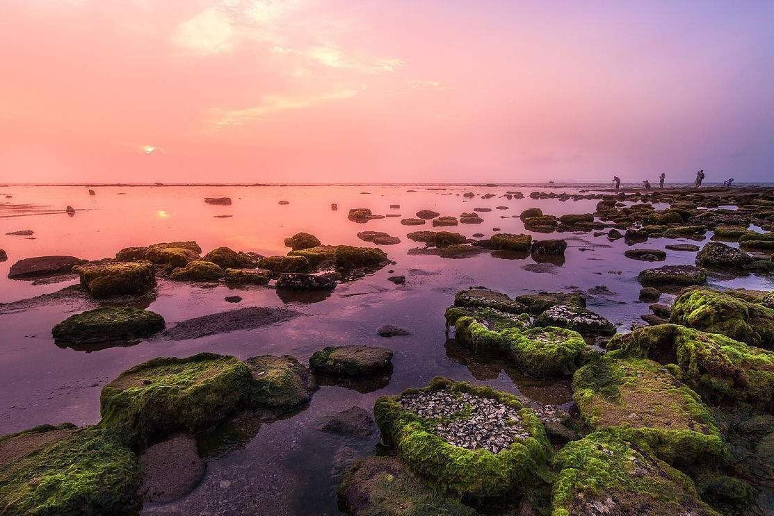 北海涠洲岛五彩滩图片
